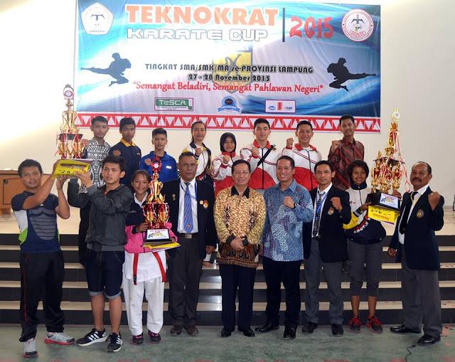 sma_bukit_kemuning_karate